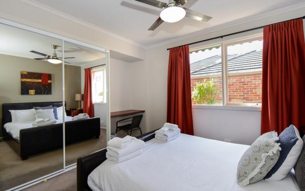 Sandy Haven C - Sandringham - Bedroom b