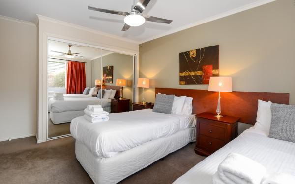 Sandy Haven C - Sandringham - Twin Bedroom b