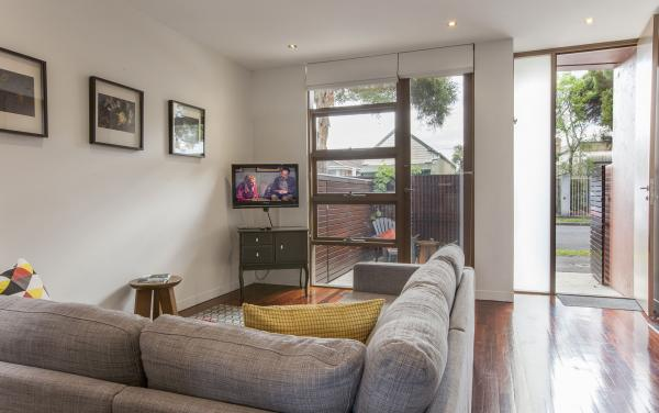 Somerset Terrace - Richmond - Living Area d