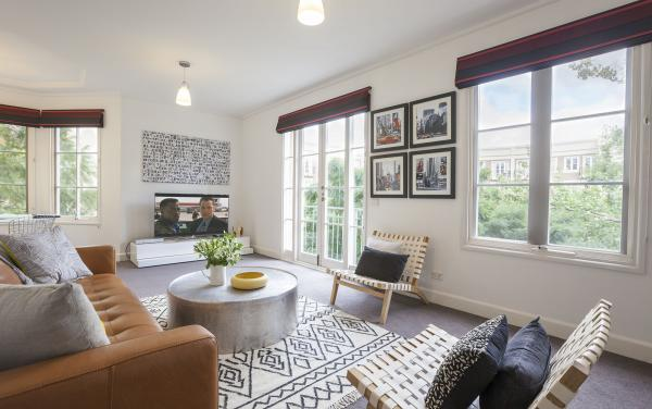 Wellington Mews - East Melbourne - Living Area b