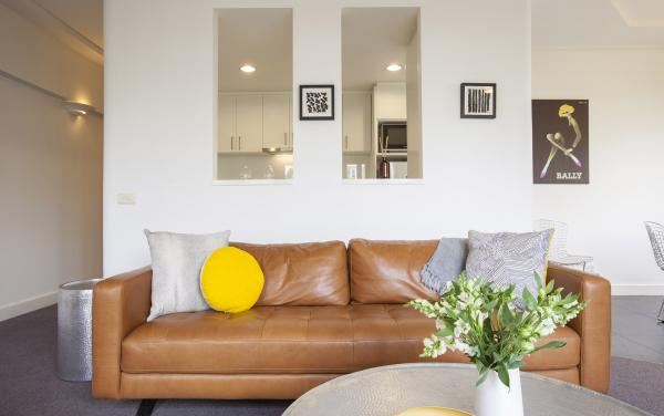 Wellington Mews - East Melbourne - Living Area d