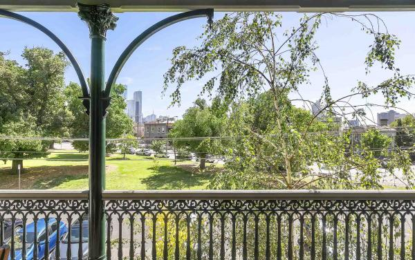 Zetland Terrace - South Melbourne -Balcony b