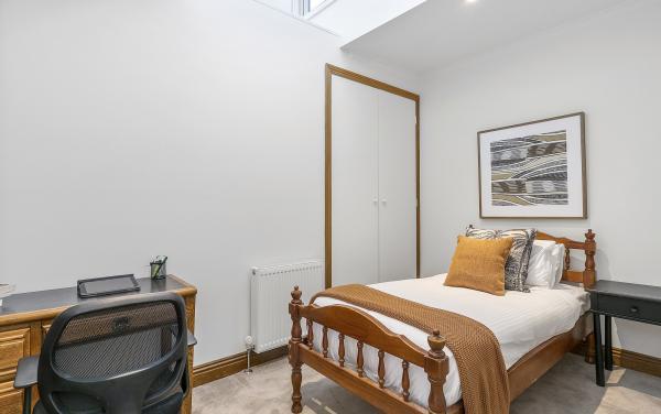 Zetland Terrace - South Melbourne -Bedroom 2