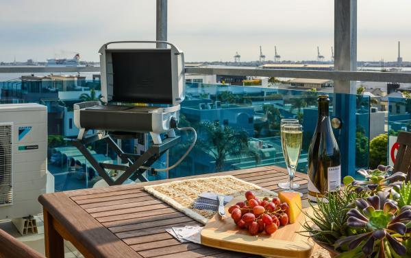 Zinc Views 501 - Port Melbourne - Balcony C
