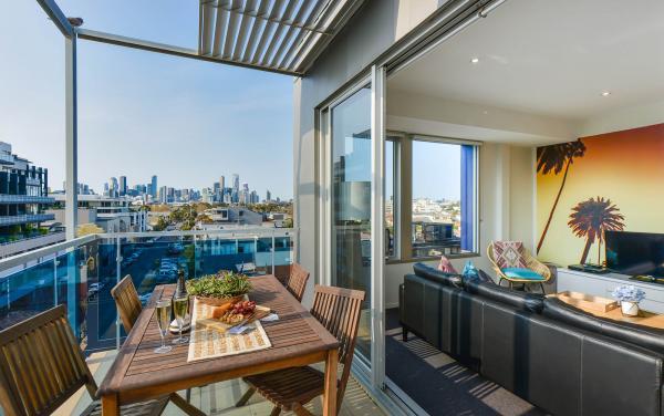 Zinc Views 501 - Port Melbourne - Balcony