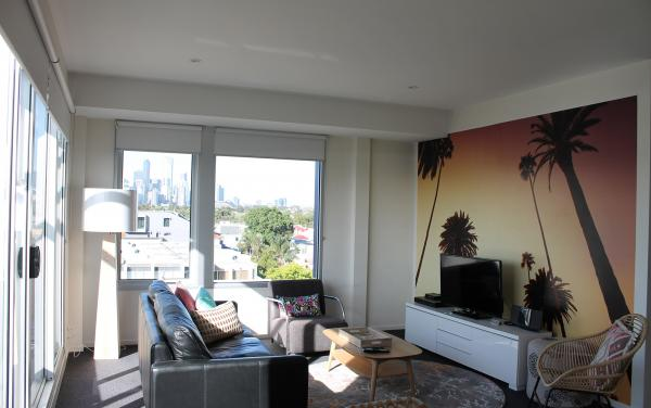 Zinc Views 501 - Port Melbourne - Living Area
