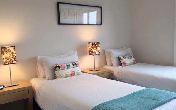 Zinc Views 501 - Port Melbourne - Twin Room b